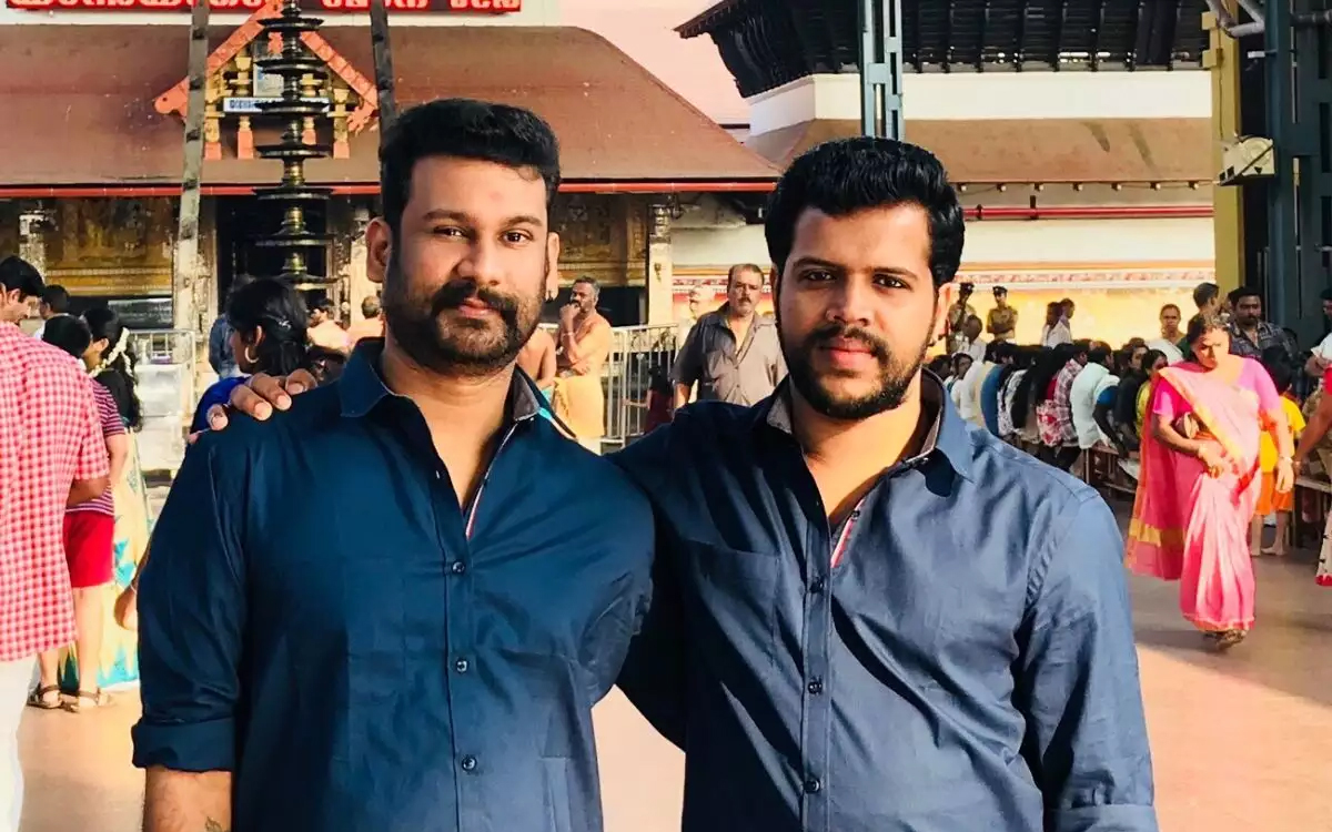 LGBTQ: Gay couple moves Kerala high court to register marriage